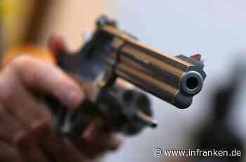 Heilsbronn im Landkreis Ansbach: 33-Jähriger schießt auf wilde Enten - Polizei stellt Revolver sicher - inFranken.de