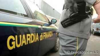 Scoperta dalla Guardia di Finanza a Marano di Napoli un'abitazione dove si praticava lo spaccio di sostanze stupefacenti. Arrestate tre persone e sequestrati oltre 22Kg tra marijuana e hashish - Telecaprinews