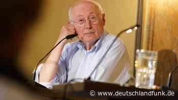"""Stefan Aust über Baerbock und Bundestagswahl - """"Ein häufigerer Wechsel an der Spitze würde uns guttun"""" - Deutschlandfunk"""