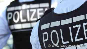Mann soll Polizisten getreten haben: Haftbefehl beantragt - Süddeutsche Zeitung
