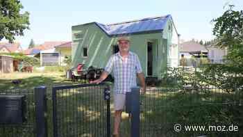 Wirtschaft : Unternehmer Günther Berthold aus Michendorf fördert das Leben im Tiny House - moz.de