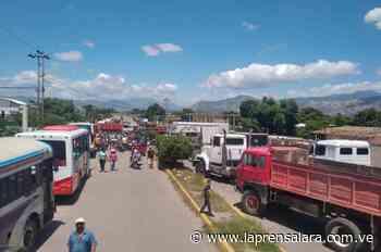 Gremios se alzan por combustible en El Tocuyo - La Prensa de Lara