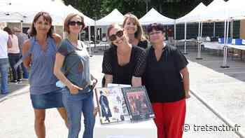 Trets : Les tretsois sont repartis les bras très chargés d'ouvrages de la 1ère Bourse aux livres de la médiathèque ! - Trets au coeur de la Provence