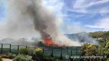 Altidona: prendono fuoco sterpaglie ed è allarme in autostrada - Vivere Fermo