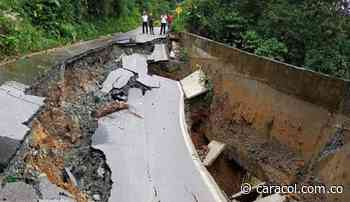 El municipio de Briceño se encuentra incomunicado por un derrumbe - Caracol Radio