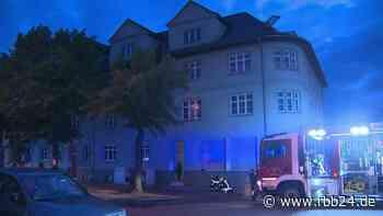 Ein Toter bei Wohnungsbrand in Luckenwalde am Montagabend - rbb24