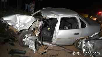 Motorista morre em batida entre carro e caminhão em Cruzeiro do Oeste - G1