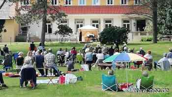 Rock und Pop beim Picknick-Konzert am Haus Hülshoff in Tecklenburg - noz.de - Neue Osnabrücker Zeitung