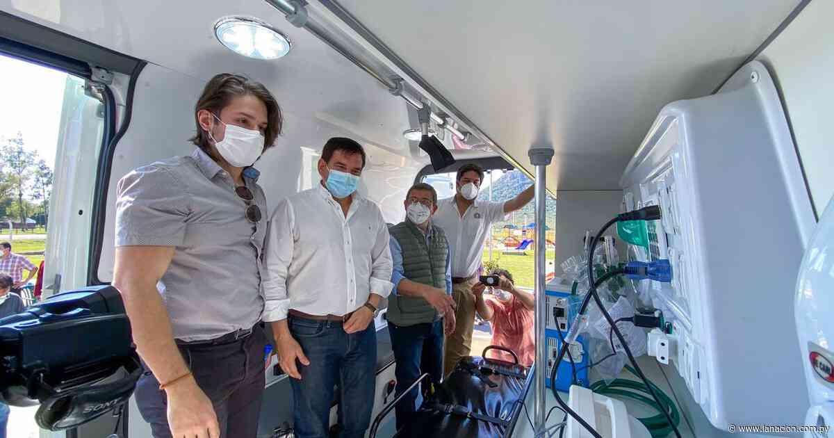 Gobernación de Paraguarí dona al sistema de salud una ambulancia con UTI - La Nación