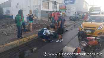 Taxista arrolla a joven motociclista frente al puente Villa Florida de Torreón - El Siglo de Torreón