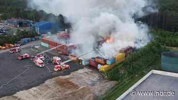 Haren: Feuer auf Gelände eines Schrotthandels ausgebrochen - NDR.de