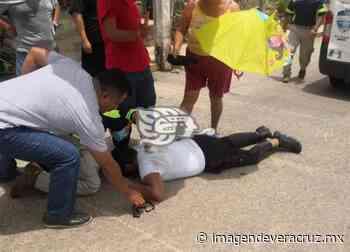 Choque de dos motos en Acayucan; un herido - Imagen de Veracruz