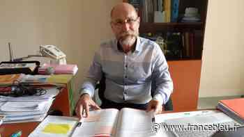 A Saint-Ouen-les-Vignes, un maire traque les acronymes de l'administration pour en faire un lexique - France Bleu