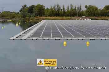 Bas-Rhin : la gravière d'Eschau transformée en centrale photovoltaïque flottante - France 3 Régions