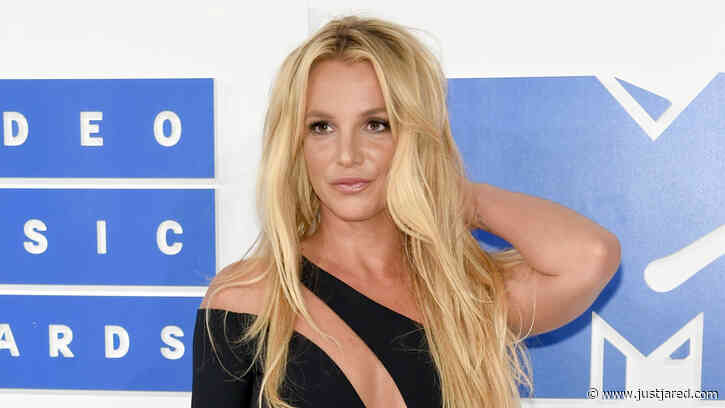 Britney Spears Claps Back After Her Topless Photo Was Criticized, Explains Missing Tattoo