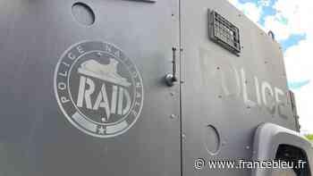 Montargis : les policiers du RAID interpellent un homme retranché et armé dans un appartement - France Bleu