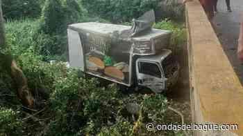 Camión se fue al río Bledo en el municipio de Lérida - Emisora Ondas de Ibagué, 1470 AM