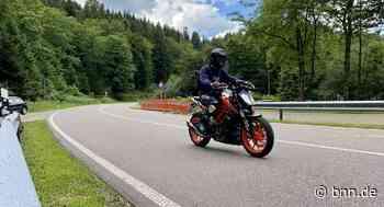 Motorradfahrer in Gaggenau sucht nach Unfall das Weite - BNN - Badische Neueste Nachrichten