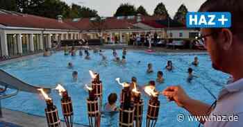 Burgwedel: Erstes Nachtschwimmen 2021 startet - Hannoversche Allgemeine