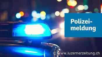 Eschenbach: Alkoholisierter Autofahrer fährt in Gebäude - Luzerner Zeitung