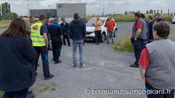Les employés de Novares en grève à Villers-Bretonneux - Courrier Picard