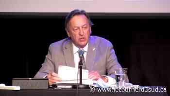 Un conseiller de Saint-Lambert réclame 500 000$ au maire Pierre Brodeur - Le Courrier du Sud