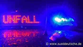 Zwei Schwerverletzte bei Auffahrunfall auf A72 - Süddeutsche Zeitung