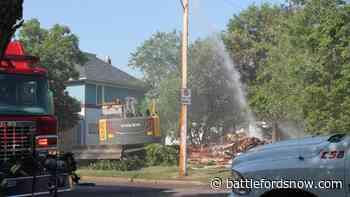 Fire crews respond to house fire in North Battleford - battlefordsNOW