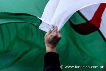 El primer ministro de Argelia, Aimen Benabderrahmane, da positivo en coronavirus - LA NACION