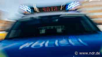 A1 bei Sittensen: Fahrer mit 2,3 Promille Alkohol unterwegs - NDR.de