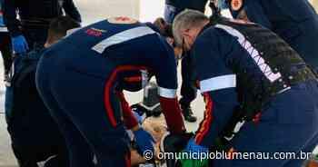 Homem sofre mal súbito e morre na fila de vacinação em Indaial - O Município Blumenau