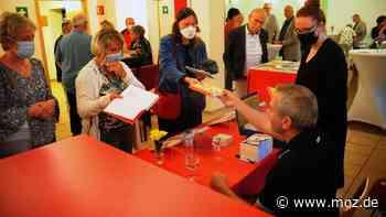 Kultur und Literatur in Wandlitz: Tausend Geschichten für neue Bücher - Ein noch besserer Wladimir Kaminer - moz.de