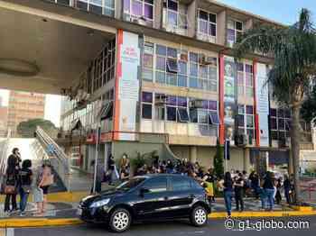 Educadores infantis fazem protesto em frente à Prefeitura de Presidente Prudente - G1