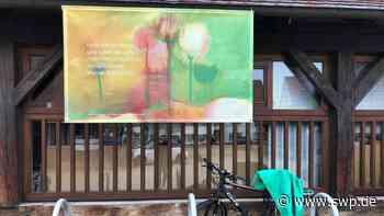 """Kultur Open-Air-Ausstellung """"Krisenfest"""" Metzingen: Wie Tulpen durch ein regennasses Fenster - SWP"""