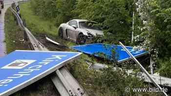 Bad Hersfeld: Insasse schwer verletzt: Porsche GT4 schleudert von A7 - BILD