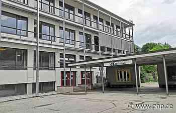 Absolventen kommen gestaffelt zum Abschlusszeugnis - Passauer Neue Presse