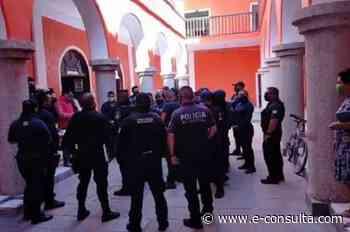 Policías de Ajalpan detienen a candidato del PES y lo amenazan   e-consulta.com 2021 - e-consulta