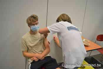 """Opendeurdag voor 16-plussers in vaccinatiecentrum is een succes: """"Handig"""""""