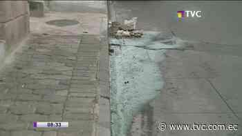Piden reparación de fuga de agua en La Tola Alta - tvc.com.ec
