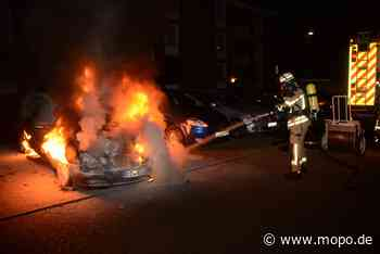Polizei hofft auf Zeugen: Mercedes in Brand - Hamburger Morgenpost