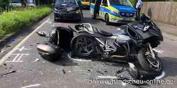 Windeck: Autofahrer fährt auf Motorradfahrer auf – schwer verletzt - Kölnische Rundschau