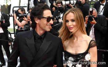 Adrien Brody & Girlfriend Georgina Chapman Share a Red Carpet Kiss at Cannes Film Festival - Just Jared