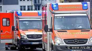 Goch: Motorradfahrer fliegt über Autodach – schwer verletzt - NRZ