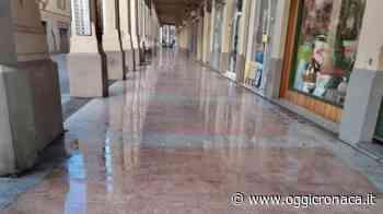 La sontuosa pulizia dei portici di Tortona ottiene il consenso dei lettori - Oggi Cronaca