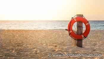 Idoso de 80 anos sente-se mal e cai no areal da praia do Alemão - Notícias ao Minuto