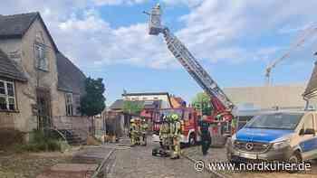 Brand in leerstehendem Haus in Neustrelitz - Nordkurier