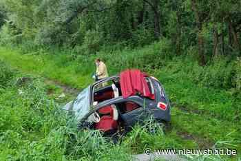 Drie gewonden bij zware klap op N16 (Bornem) - Het Nieuwsblad
