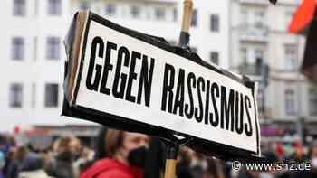 Stadt setzt ein Zeichen: Elmshorn schnürt lokales Bündnis gegen Rassismus | shz.de - shz.de