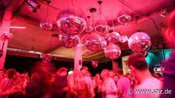 Modellprojekt Disco: Tanzen ohne Maske im Bootshaus: Wer sich nicht nachtesten lässt, kommt auf die Blacklist | shz.de - shz.de