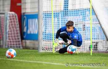 Bayer Leverkusen: 17-jähriges Torwart-Juwel im Profi-Training - RevierSport
